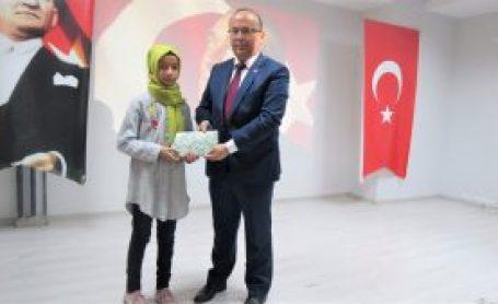 İSTİKLAL MARŞI'NIN KABULÜ TÖRENLE KUTLANDI